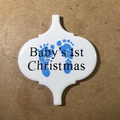 Baby's First Christmas Ceramic Tile Ornament   www.kricutkreations.blogspot.com Vinyl Ornaments, Baby Ornaments, Ornament Crafts, Diy Christmas Ornaments, Christmas Projects, Holiday Crafts, Tile Projects, Vinyl Projects, Ceramic Tile Crafts