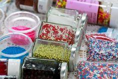 Sprinkles! Sprinkles, Icing, Cupcake, Breakfast, Fun, Morning Coffee, Cupcakes, Cupcake Cakes, Cup Cakes