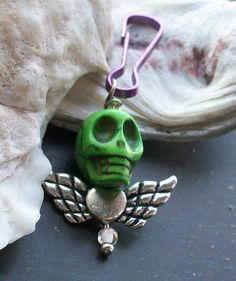 Day of the Dead Sugar Skull and Cross Zipper by VivaGailBeads, $3.95