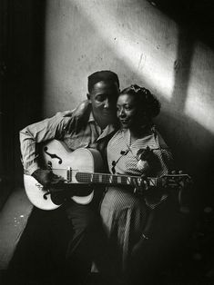 Muddy Waters and his wife by Art Shay, Chicago, 1951