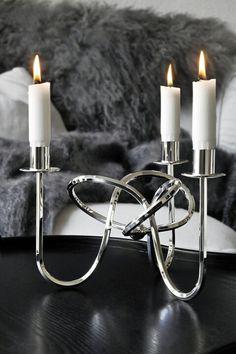 """Knot of Friendship"" candle holder from Svenskt tenn Home Interior, Interior Design Living Room, Interior Decorating, Interior And Exterior, Design Bedroom, Friendship Knot, Chandeliers, Swedish Design, Interiors"