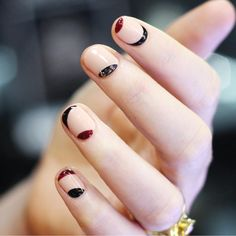 Simple Korean nail art idea