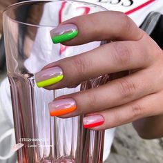 Simple and fun pops of color! Pointy Nails, Aycrlic Nails, Dope Nails, Neon Nails, Yellow Nails, Nail Manicure, Manicures, Minimalist Nails, Best Acrylic Nails