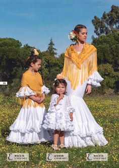 Colección Mujer 2019 - Creaciones Maricruz Costumes Around The World, Spanish Fashion, High Fashion, Daughter, Folklore, My Style, Mary, Stuff To Buy, Dresses