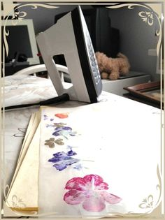 How to Make a Bookmark Pressing Flowers With an Iron