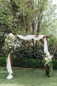 Good backyard luau wedding ideas to refresh your garden wedding ceremony Luau Wedding, Garden Wedding, Wedding Table, Wedding Flowers, Wedding Ideas, Wedding Arch Rustic, Wedding Archways, Wedding Trellis, Wedding Pergola