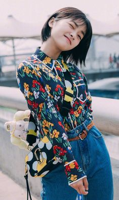 Korean Celebrities, Celebs, Cute Fashion, Fashion Outfits, Asian Flowers, Meteor Garden 2018, A Love So Beautiful, Boys Over Flowers, Chinese Actress