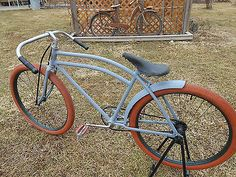 Rat Rod Bike Old Bicycle, Bicycle Tires, Rat Bikes, Cycling Bikes, Cool Bicycles, Vintage Bicycles, Velo Design, Beach Cruiser Bikes, Retro Bike