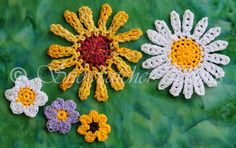 Daisyflake Inspiration. These are so cheery.