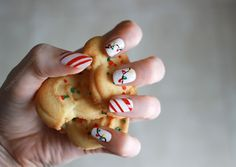Christmas Nails: Candy Cane Stripes and Lights! | Wonder Forest: Design Your Life.