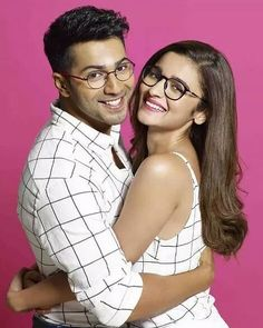 30 Photos For Everyone Who Likes To Pretend Varun Dhawan And Alia Bhatt Are Dating - - Even your real relationship cannot look this cute. Bollywood Couples, Bollywood Stars, Bollywood Celebrities, Bollywood Actress, Indian Celebrities, Sharara Designs, Seoul Fashion, Pop Up Shop, Alia Bhatt Varun Dhawan