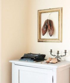 Cute decorate picture frames ideas do it yourself of wanddeko shoes shabby Jonathan gold white
