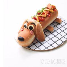 #hotdog #bentomonsters Cute Snacks, Snacks Für Party, Cute Food, Good Food, Yummy Food, Kreative Snacks, Dog Bread, Bread Bun, Food Art For Kids