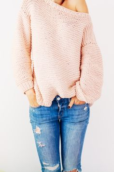 Peachy Keen Oversize Knitted Sweater   A great sweater knitting pattern for beginners.
