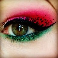 Might try this for my makeup this weekend :)