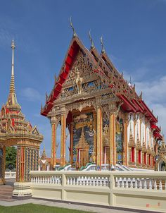 ✯ Wat Choeng Thale Ubosot, Talang, Phuket Island, Thailand - So much attention to detail!