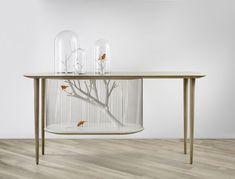 Gaiola e mesa viram um só móvel. Ideia do designer francês Gregoire de Lafforest