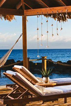 Take your relaxation game to the next level by renting Spa Cove on Renaissance Island. Renaissance Aruba Resort & Casino (Oranjestad, Aruba) - Jetsetter