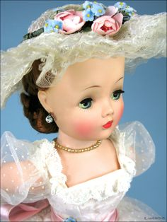 Another Beautiful Cissy! 1957 Source by kayediefenderfe Rose Corsage, Vintage Madame Alexander Dolls, Doll Display, Hello Dolly, Vintage Glamour, Baby Dolls, Dolls Dolls, Antique Dolls, Beautiful Dolls