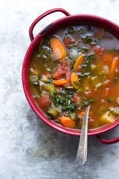 about Vegetarian Minestrone Soup on Pinterest | Soups, Minestrone ...