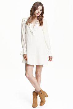 H & M Ruffled Dress $24.99 #niftyfashion #loosefit #h&m #summer16