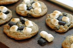 S'mores Cookies with Chocolate, Graham, and Marshmallows - Festibrate