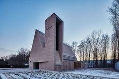 Klinkerépítészet - a debreceni Szent György templom