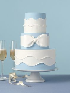 No matter if you prefer elegant, simple, or unique wedding cake designs you will be blown away by our list of amazing wedding cakes. Pretty Wedding Cakes, Beautiful Wedding Cakes, Gorgeous Cakes, Pretty Cakes, Cute Cakes, Blue Wedding, Elegant Wedding, Bow Cakes, Cupcake Cakes
