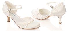 #LosZapatosdetuBoda #GWesterleigh  Zapatos de Novia Abiertos modelo Amelie de G. Westerleigh