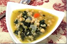 """vegetarian """"chicken and rice"""" soup www.cleaneatingchelsey.com"""