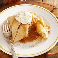 Four Kitchen Decorating Suggestions Which Can Be Cheap And Simple To Carry Out Amish Apple Dumplings: We Often Equate Amish Food With Comfort. Here's Our Version Of A Favorite Apple Dessert You Might Find At Amish-Based Restaurants In The Midwest. Apple Dessert Recipes, Apple Recipes, Just Desserts, Delicious Desserts, Autumn Desserts, Fruit Dessert, Fruit Recipes, Fall Recipes, Bakken