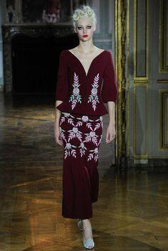 Коллекция Ulyana Sergeenko Haute Couture осень зима 2015-16 — Париж Высокая  Мода Париж 03ae922d5f9
