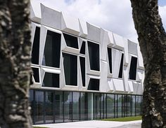 Office building and logistic center by modostudio | Gallery | Archinect
