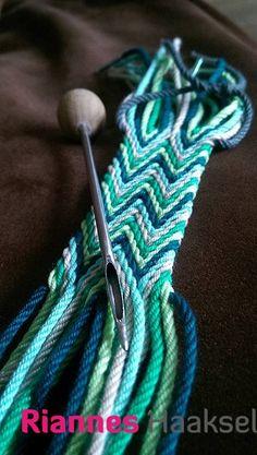 RiannesHaaksels: ply split braiding