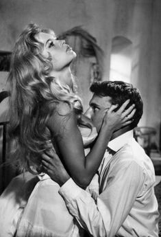 Brígítte Bardot and Jéan-Louís Tríntígnânt in a scene from Rogér Vâdím's 1956 film 'Êt Díeu … créa la fémme' ('And God Created Woman')