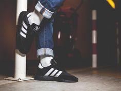 the best attitude 978d3 b8578 Model adidas Iniki został dość dobrze przyjęty przez sneakersowy rynek, ale  ze względów prawnych niemiecki