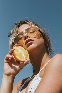 Ideas fashion magazine pictures models for 2019 Fruit Photography, Vintage Photography, Editorial Photography, Amazing Photography, Photography Tips, Fashion Photography, People Photography, Landscape Photography, Photography Magazine
