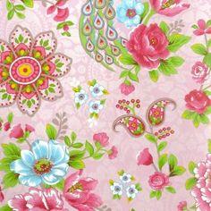 Eijffinger PIP studio behang Flowers in the Mix heeft eenkleurrijk bloemenpatroon afgewisseld met kleine bloemetjes en sierlijke pauwen.  Het behang heeft per rol van 10 meter een breedte van 53 cm en het patroon herhaalt zich na53 cm. PIP studio haalt haar inspiratie uit allerdaagse dingen en gebeurtenissen die heel gewoon lijken maar, als je ze beter bekijkt, eigenlijk van bijzondere schoonheid zijn. De collecties bestaan uit kleine en grote printjes en zijn van landelijk tot fl…