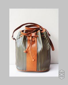 vintage bucket bag / crossbody adjustable tote by FiregypsyVintage, $39.68