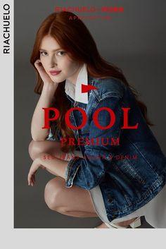 Confira a primeira coleção Pool Premium da Riachuelo junto com a Vicunha e descubra jeans exclusivos que seguem @você e a sua moda. Aesthetic Hair, Poses, Batgirl, Pose Reference, Digital Marketing, Channel 2, Sexy, People, T Shirt