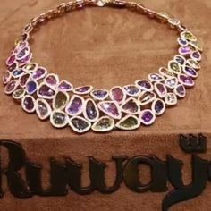 @jewellery_masterpiece. Sapphires necklace @ruwaya_jewellery.