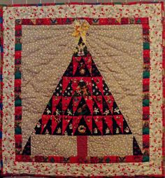 Christmas tree quilt /wall hanging 2015, designed and made by Mary Slade
