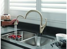 Best Touchless Kitchen Faucet Moen ESRS OneHandle Pulldown - Touch activated kitchen faucet