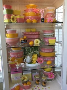 Lemonade Pyrex Display