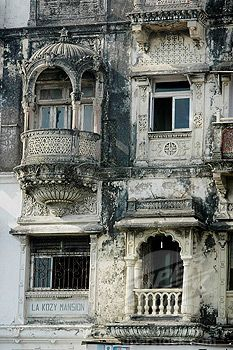 Lost | Forgotten | Abandoned | Displaced | Decayed | Neglected | Discarded | Disrepair | Abandoned in India