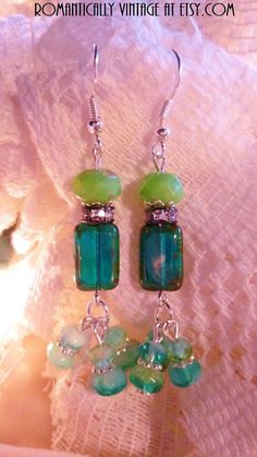 Ocean Theme Earrings Aqua Beaded Jewelry by RomanticallyVintage, $26.00 Love the design and colors of these earrings.