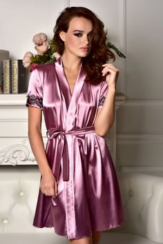 Dark pink satin Robe with black lace on back 96f98d5e1