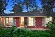 Fletchers Diamond Valley - 49 Henry Street, Eltham - Chris Chapman & Man...