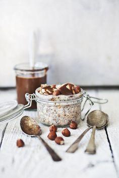 overnight oatmeal with bananas + hazelnuts