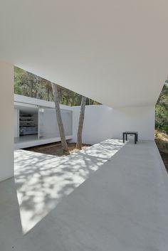 Architectural Photographers: Ricardo Oliveira Alves,House in Colares II / Frederico Valsassina Arquitectos. Image © Ricardo Oliveira Alves